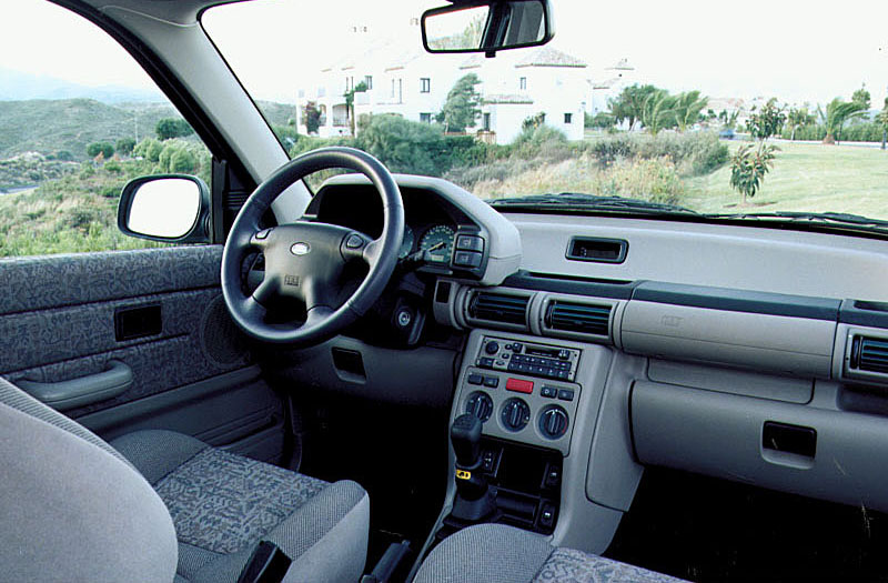 Land Rover Freelander 2.0 1998 photo - 3