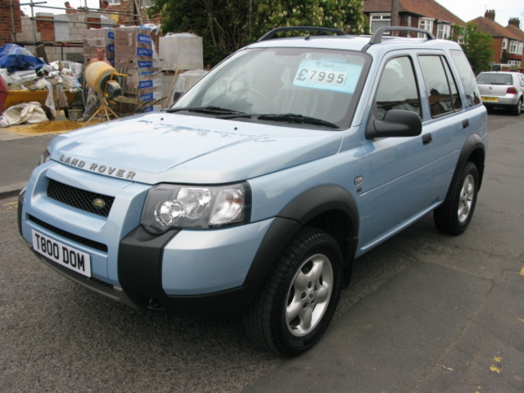Land Rover Freelander 2.0 2003 photo - 1