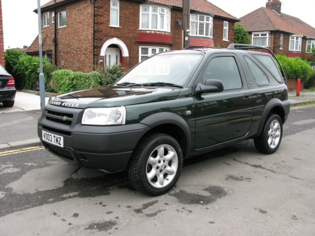 Land Rover Freelander 2.0 2003 photo - 2