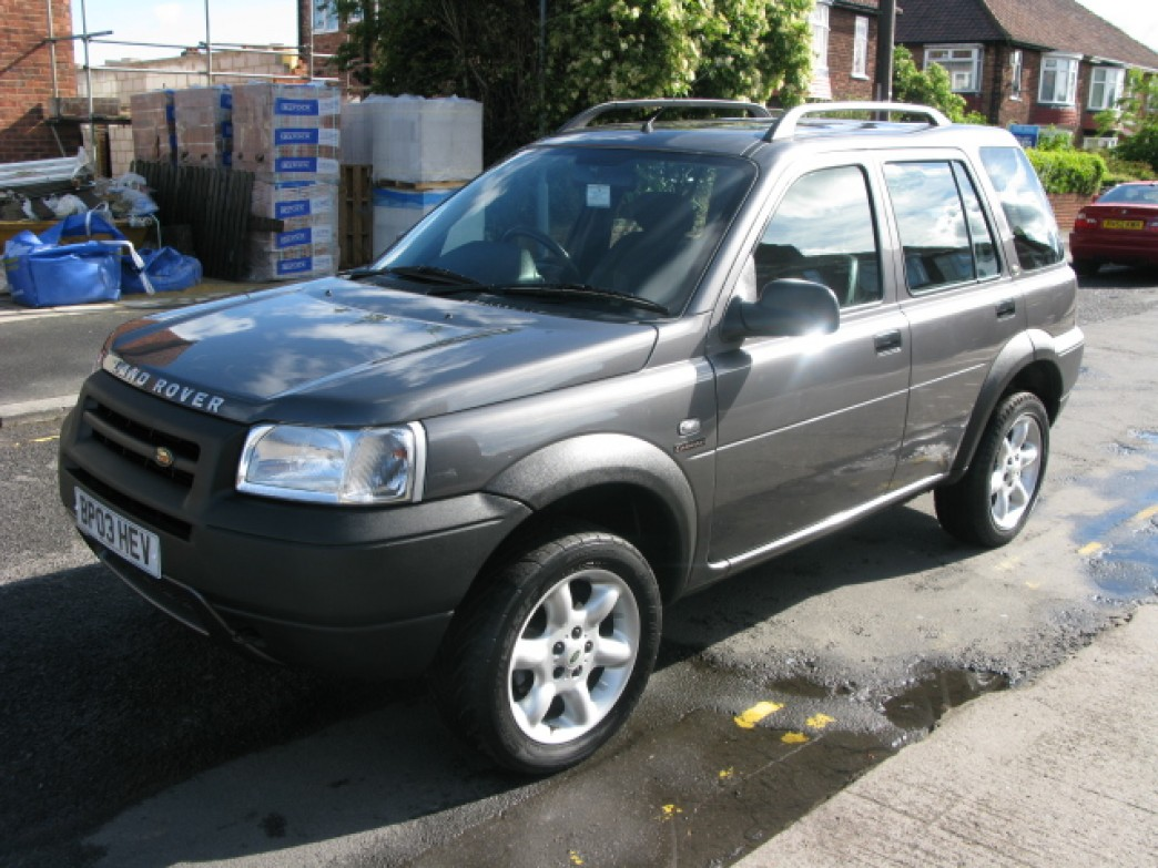 land rover freelander 2 0 2003 technical specifications interior and exterior photo. Black Bedroom Furniture Sets. Home Design Ideas