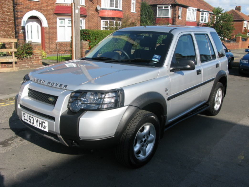 Land Rover Freelander 2.0 2003 photo - 5