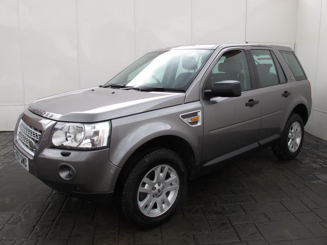 land rover freelander 2 2 2007 technical specifications interior and exterior photo. Black Bedroom Furniture Sets. Home Design Ideas
