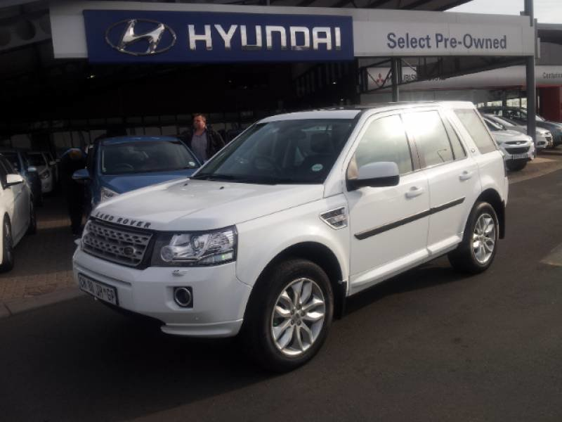 Land Rover Freelander 2.2 2013 photo - 11