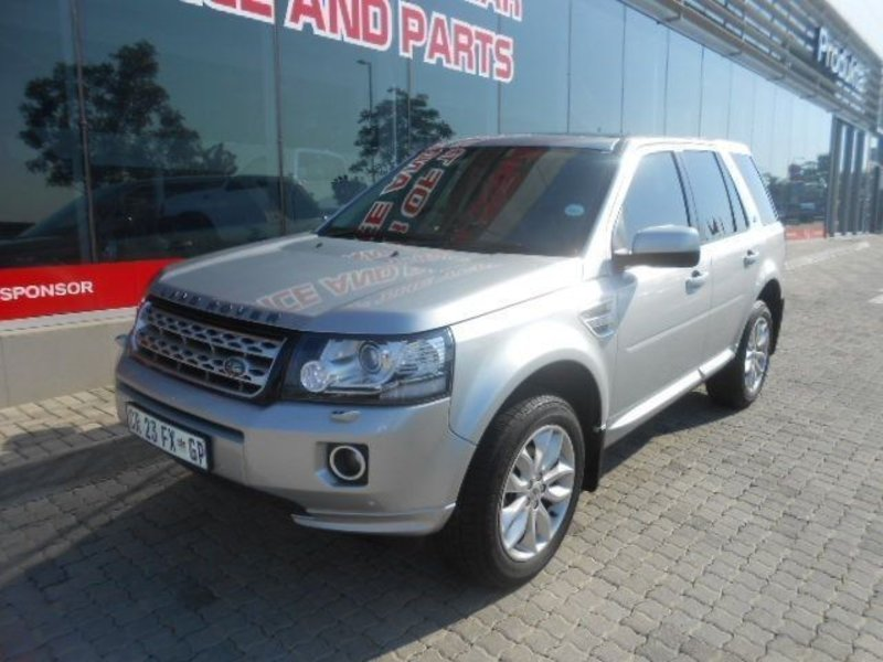 Land Rover Freelander 2.2 2013 photo - 12