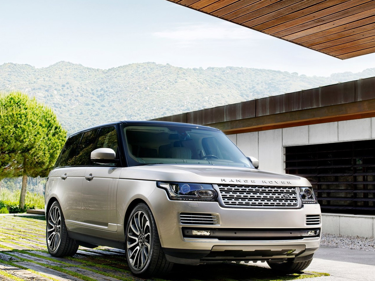 Land Rover Range Rover 4.4 2013 photo - 2