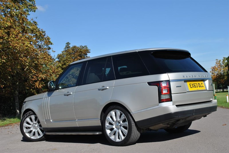 Land Rover Range Rover 4.4 2013 photo - 5