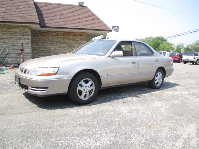 Lexus ES 300 1994 photo - 4