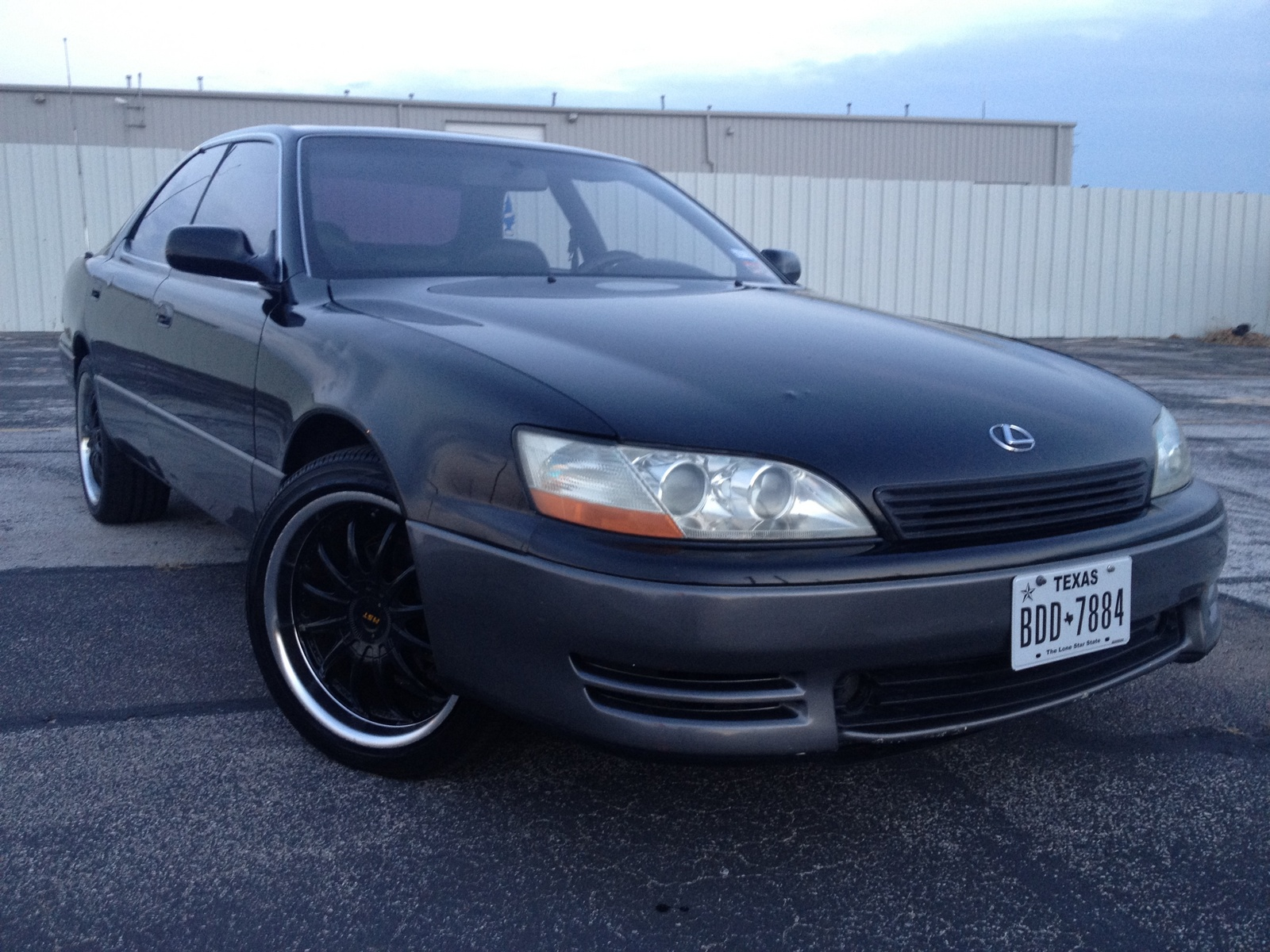 Lexus ES 300 1994 photo - 5