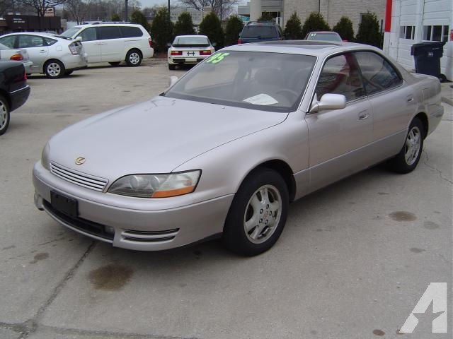 Lexus ES 300 1995 photo - 9