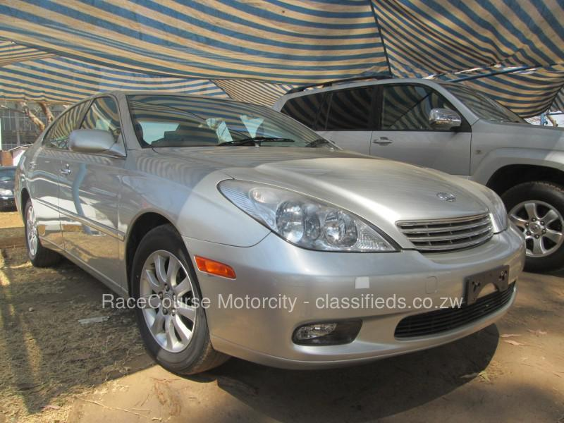 Lexus ES 300 2004 photo - 4