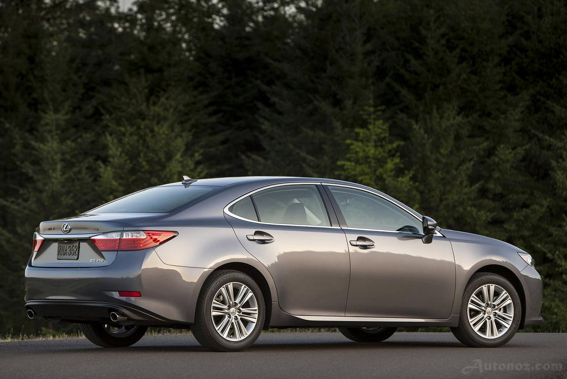 Lexus ES 350 2014 photo - 12
