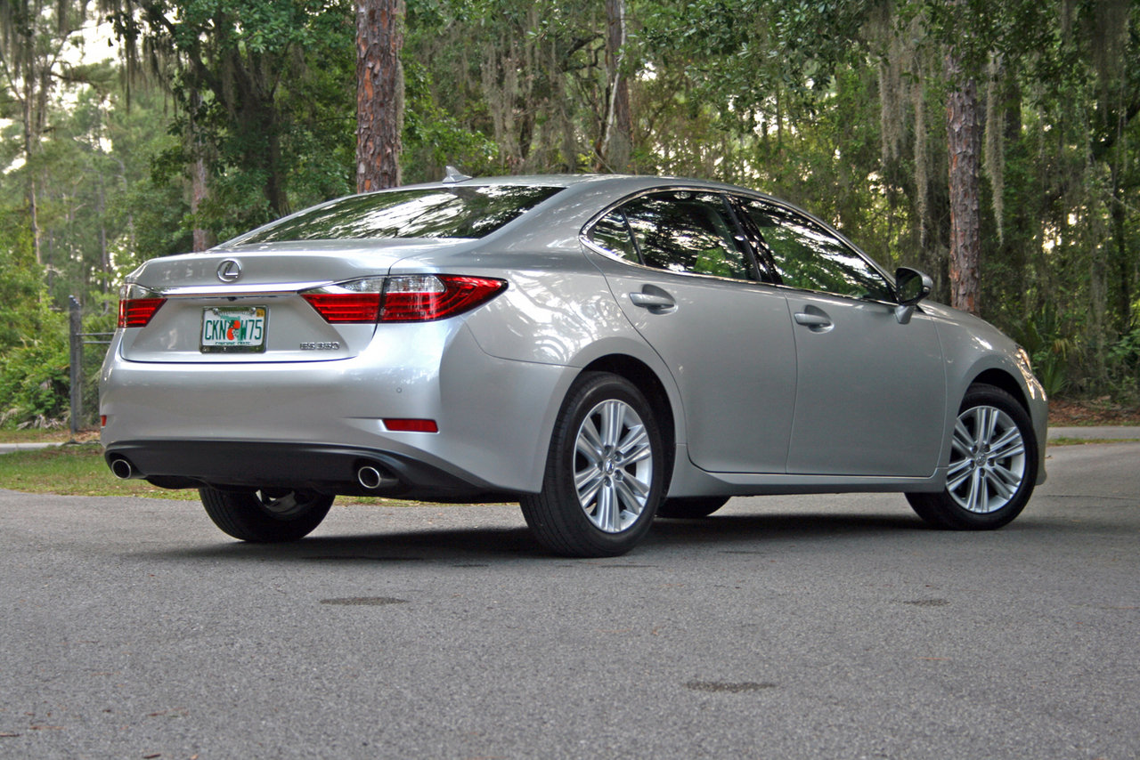 Lexus ES 350 2014 photo - 5