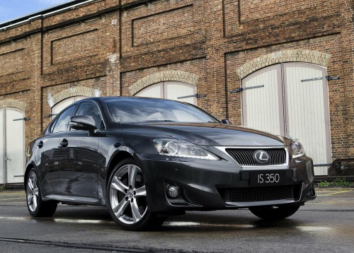 Lexus IS 500 2012 photo - 12