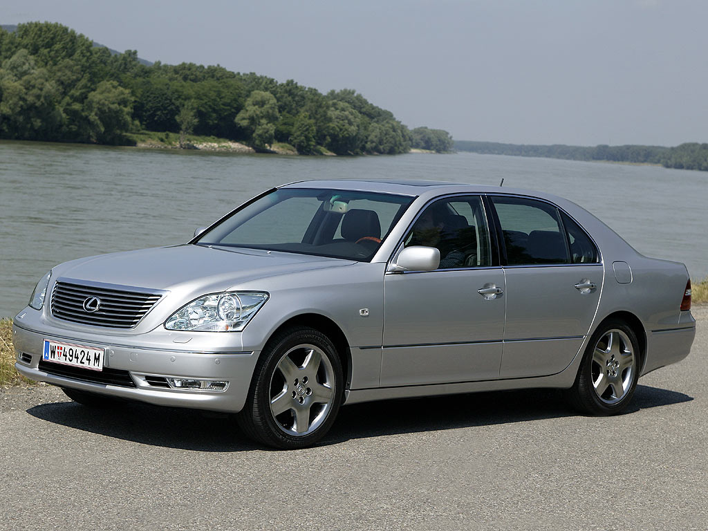 Lexus LS 430 2002 photo - 4