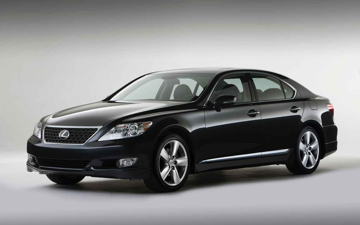 Lexus LS 460 2012 photo - 7