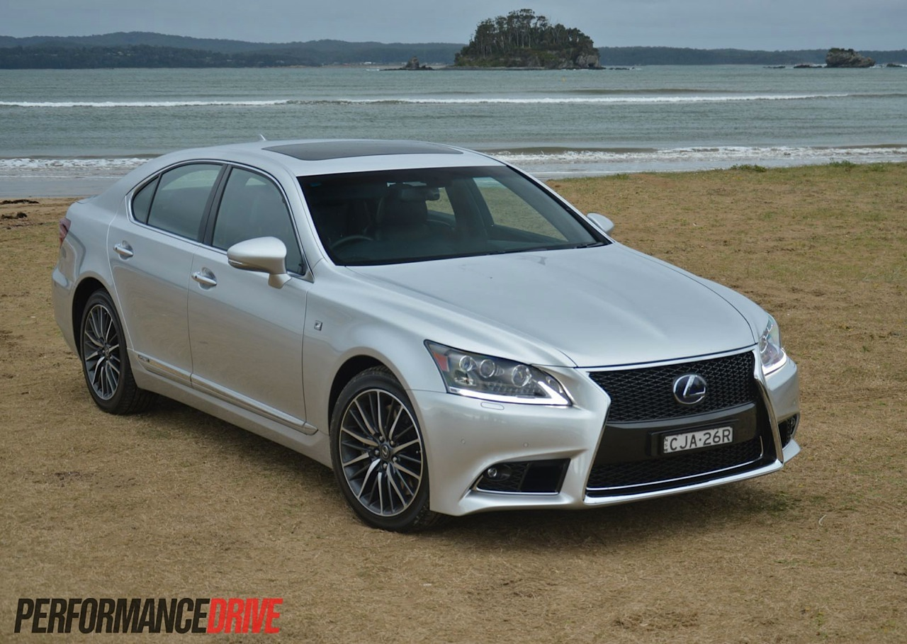 Lexus LS 600h 2013 photo - 8