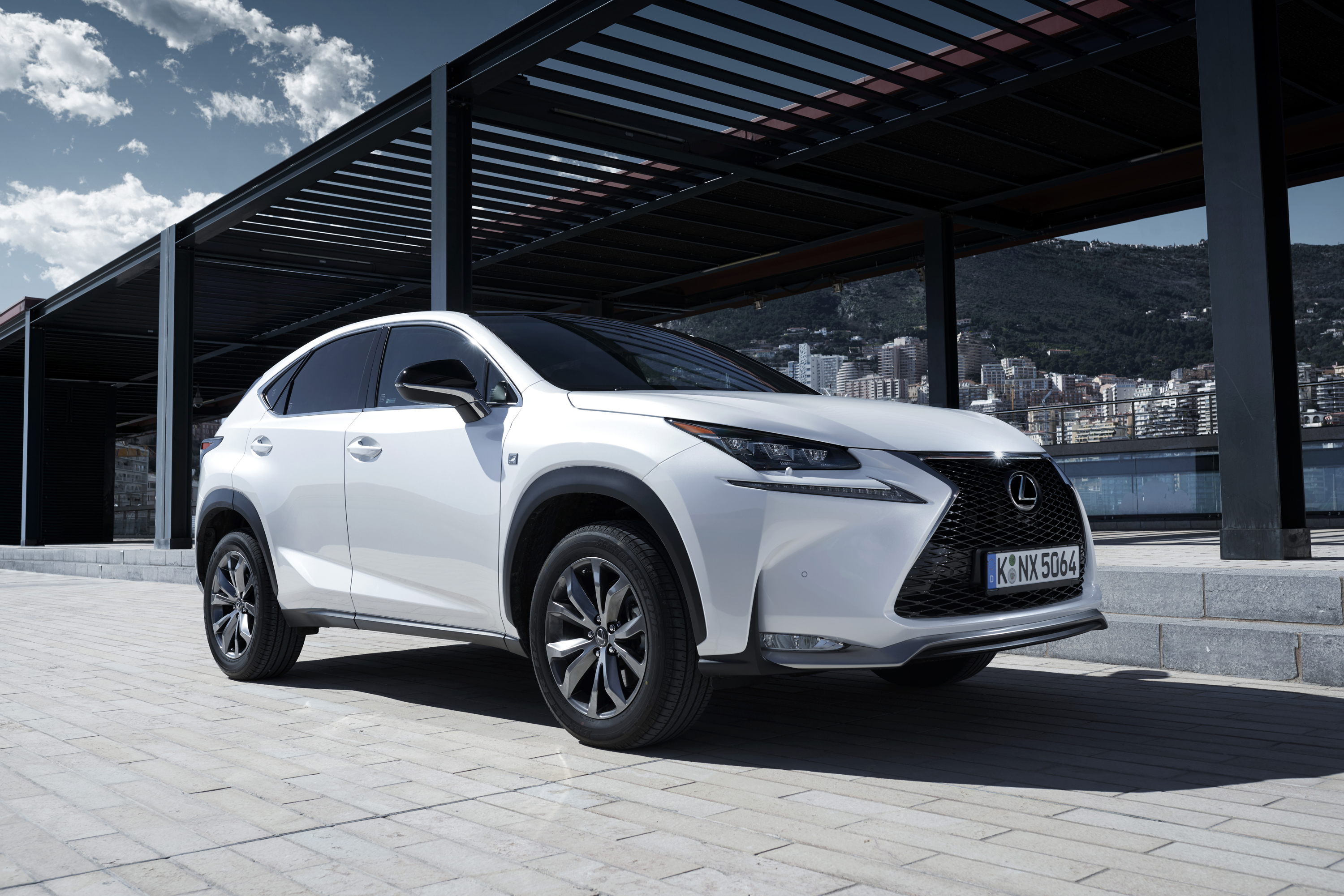 Lexus NX 200t 2014 photo - 12