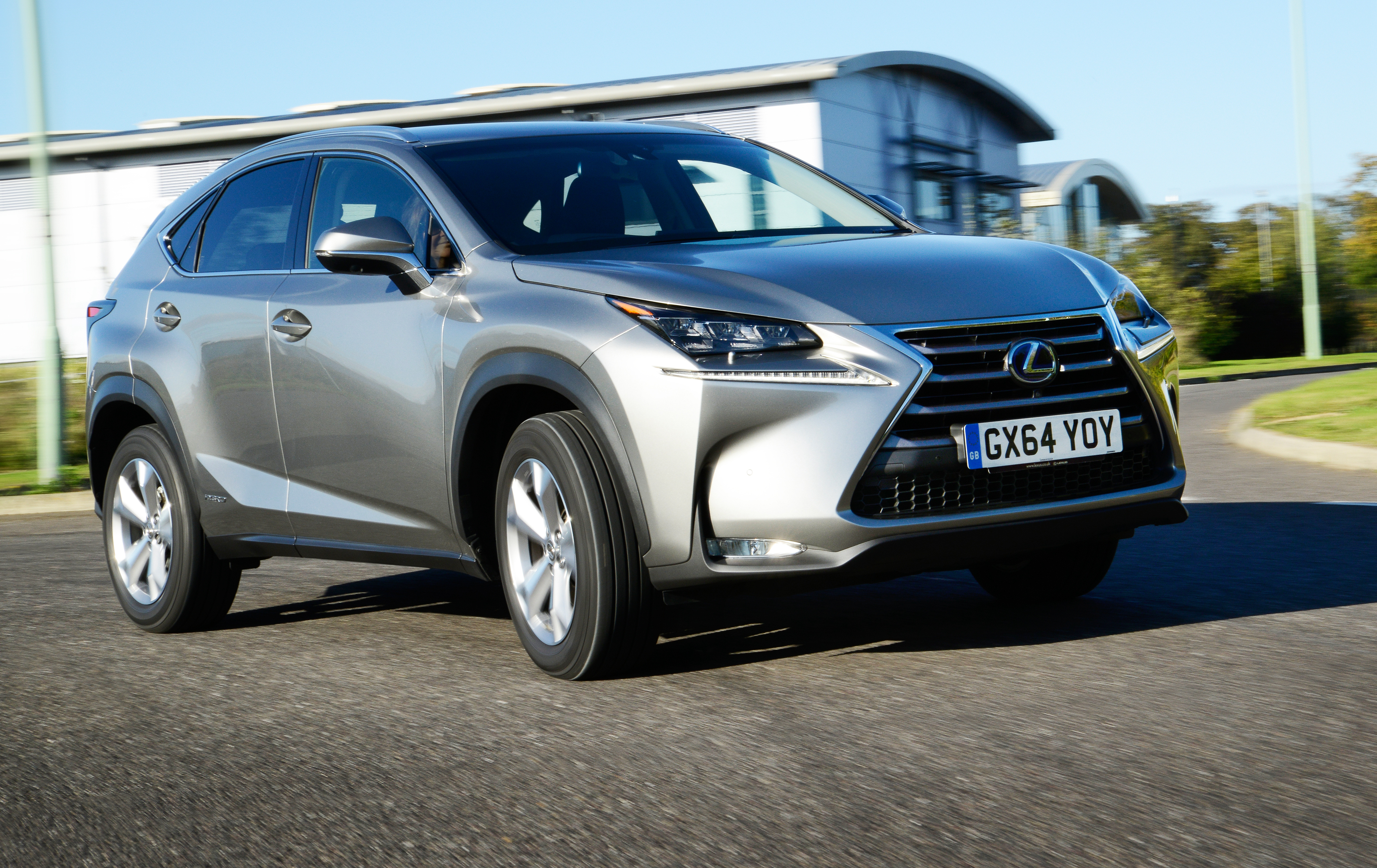 Lexus NX 300h 2014 photo - 9