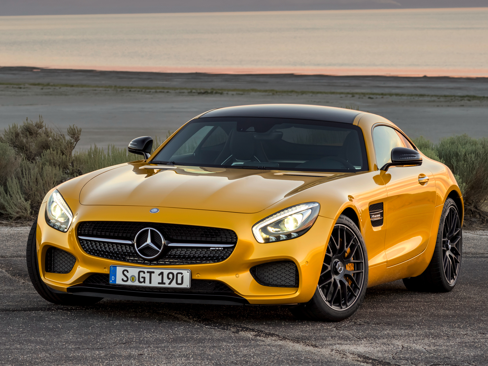 Mercedes-Benz AMG GT S 2014 photo - 4