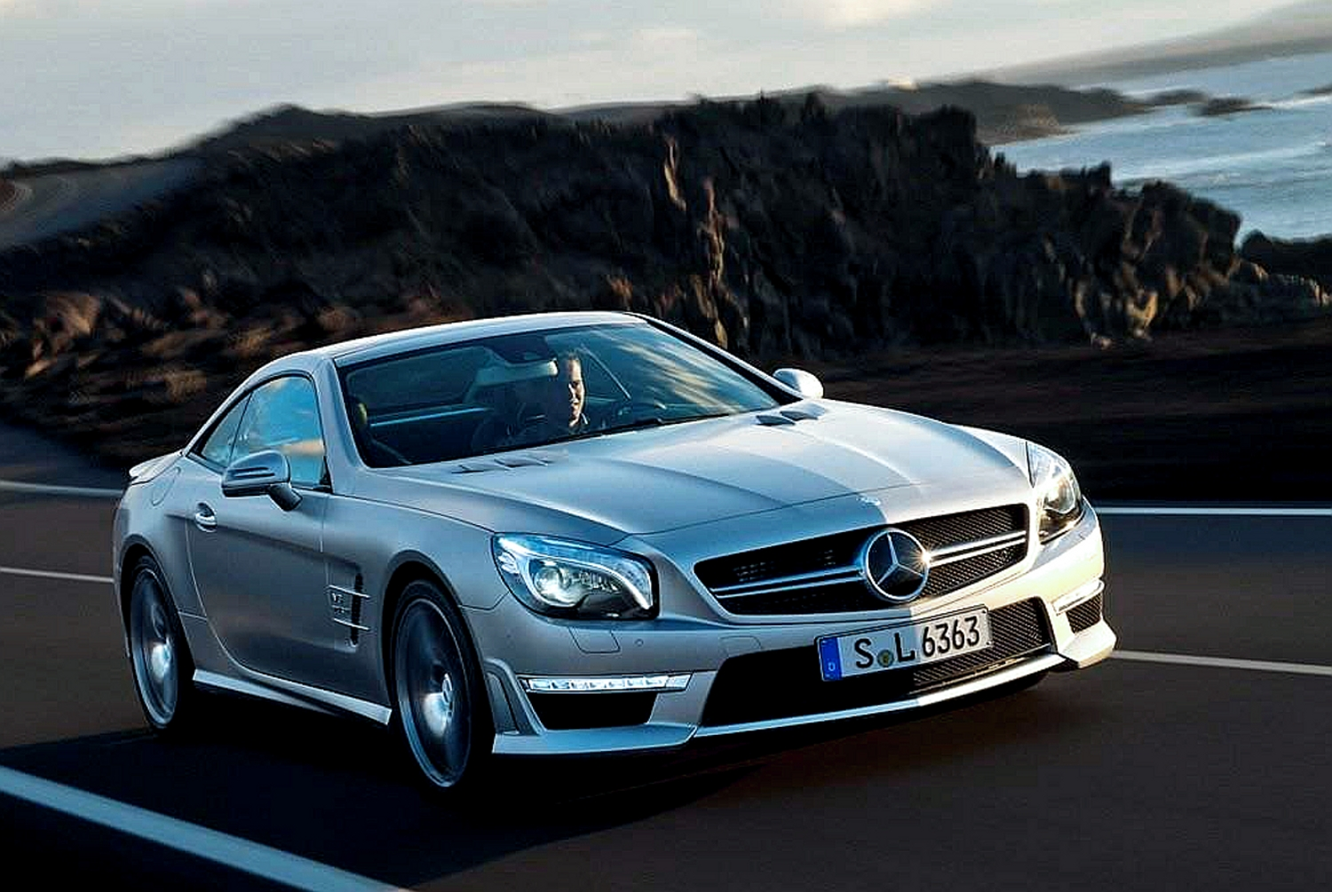 Mercedes-Benz SL-Класс SL 2014 photo - 10