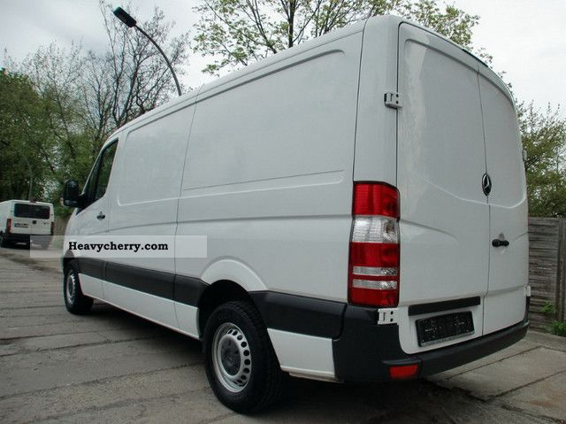 Mercedes-Benz Sprinter 209 2008 photo - 11