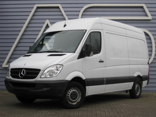 Mercedes-Benz Sprinter 210 2008 photo - 3