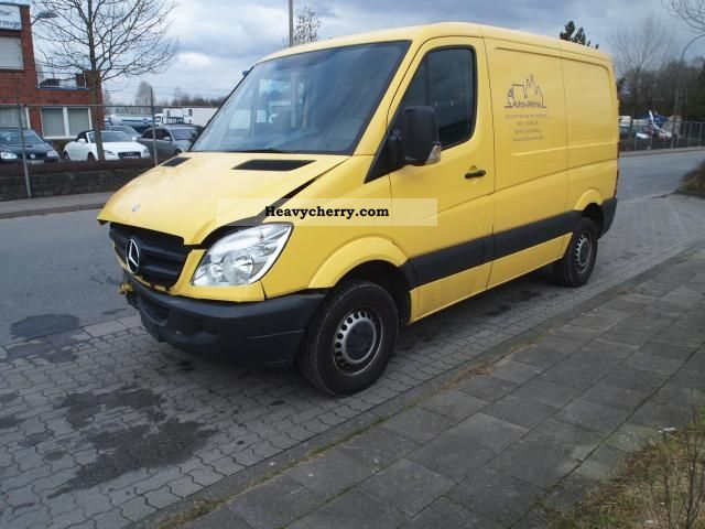 Mercedes-Benz Sprinter 210 2008 photo - 8