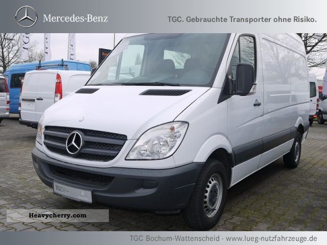 Mercedes-Benz Sprinter 210 2010 photo - 1