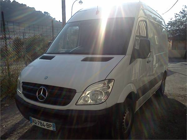 Mercedes-Benz Sprinter 210 2010 photo - 11