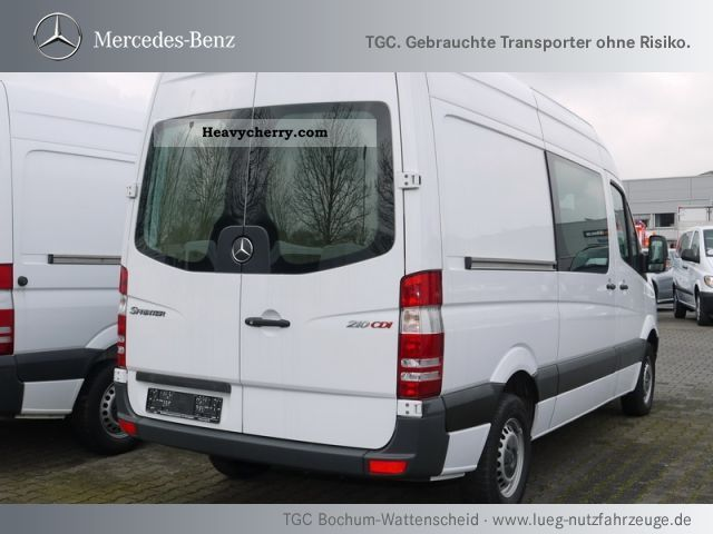 Mercedes-Benz Sprinter 210 2010 photo - 4