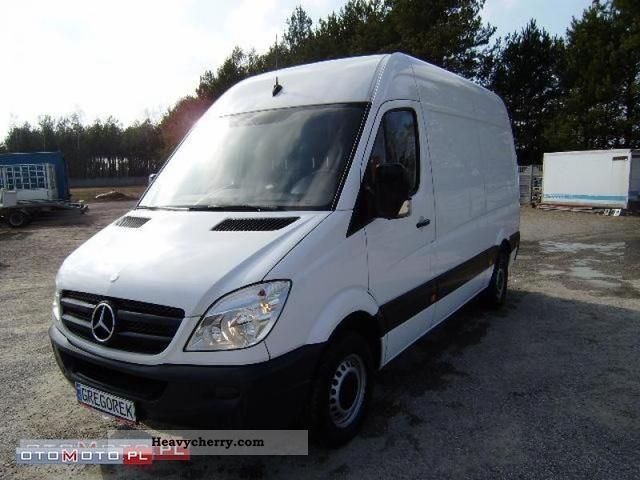 Mercedes-Benz Sprinter 211 2008 photo - 8