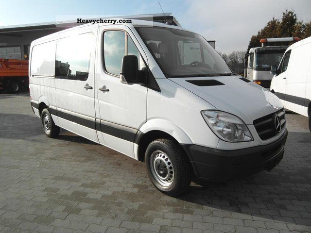 Mercedes-Benz Sprinter 211 2009 photo - 10