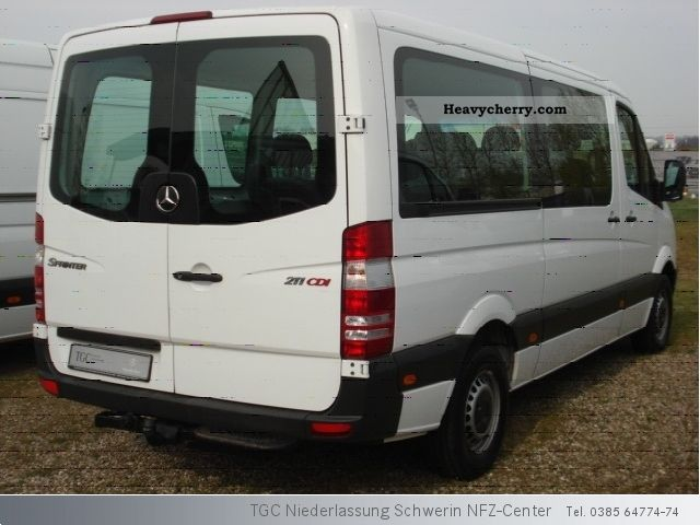 Mercedes-Benz Sprinter 211 2009 photo - 11
