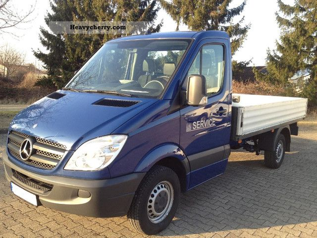 Mercedes-Benz Sprinter 211 2009 photo - 5