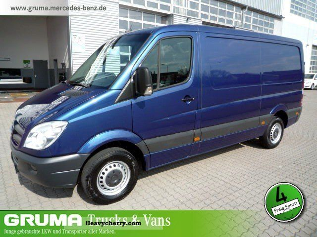 Mercedes-Benz Sprinter 211 2009 photo - 7