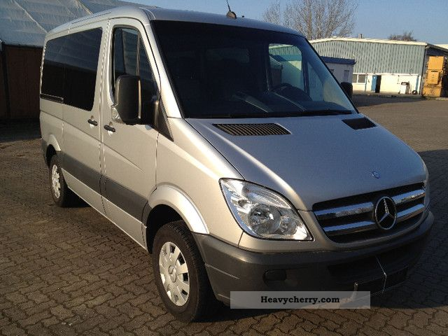 Mercedes-Benz Sprinter 211 2009 photo - 8