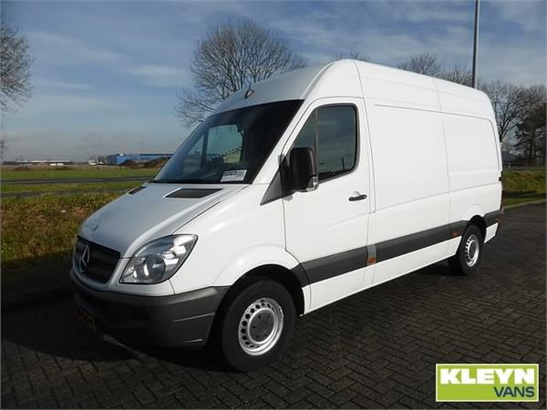 Mercedes-Benz Sprinter 211 2014 photo - 4