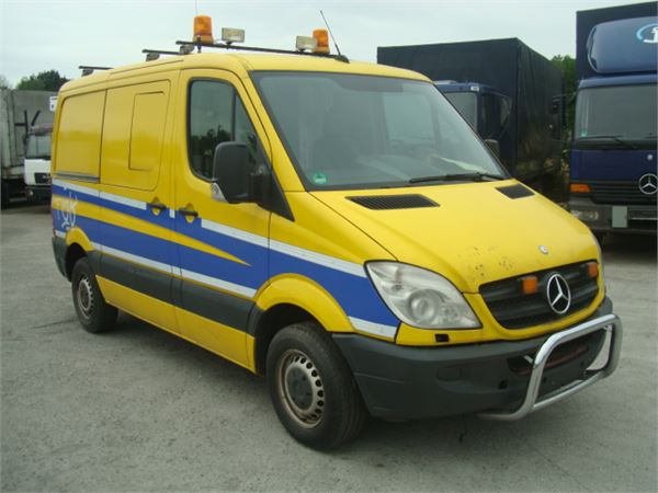 Mercedes-Benz Sprinter 211 2014 photo - 9