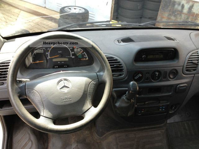 Mercedes-Benz Sprinter 213 2006 photo - 9