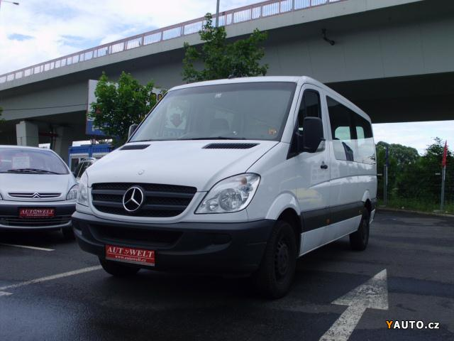 Mercedes-Benz Sprinter 215 2011 photo - 12