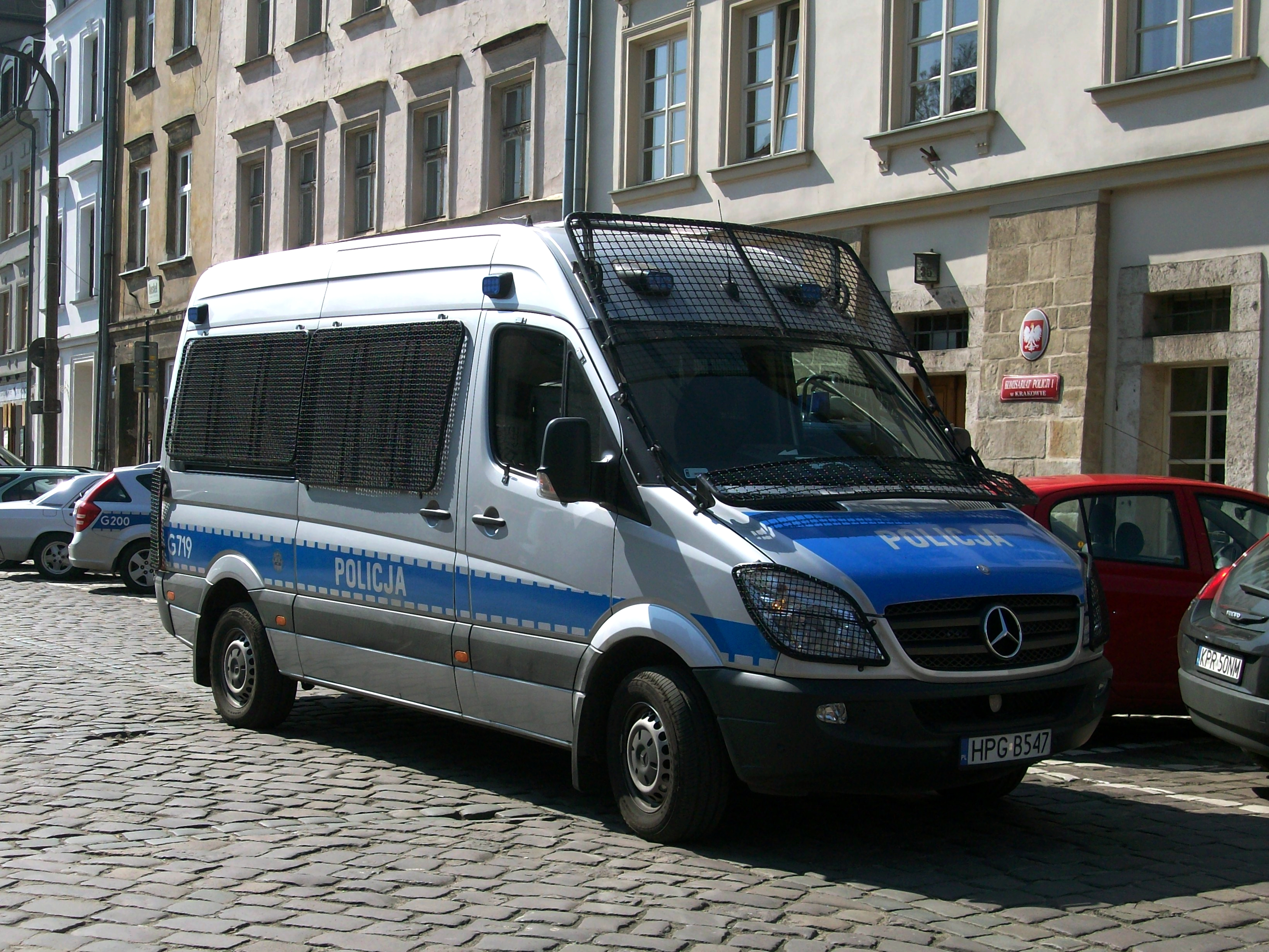Mercedes-Benz Sprinter 215 2012 photo - 11