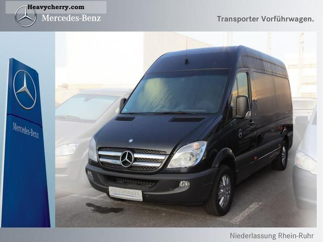 Mercedes-Benz Sprinter 215 2012 photo - 3