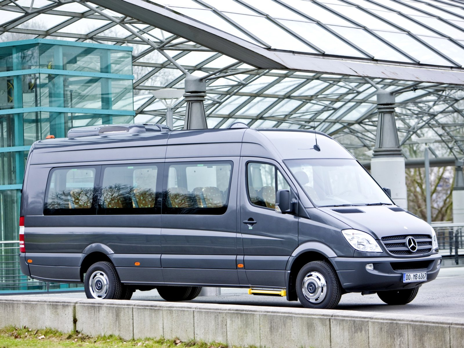 Mercedes-Benz Sprinter 215 2012 photo - 8