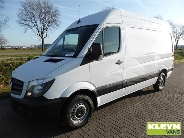 Mercedes-Benz Sprinter 216 2014 photo - 4