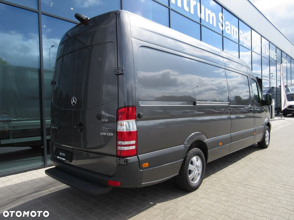 Mercedes-Benz Sprinter 218 2007 photo - 8