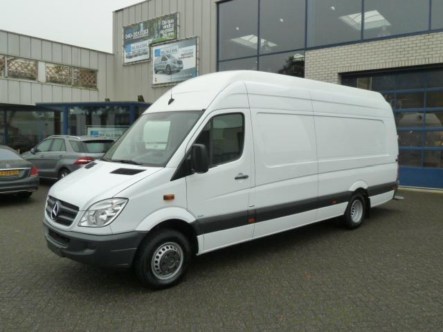 Mercedes-Benz Sprinter 218 2012 photo - 11