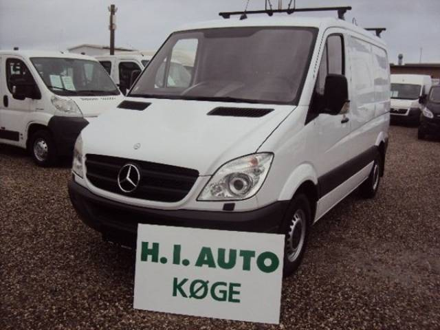 Mercedes-Benz Sprinter 218 2013 photo - 3
