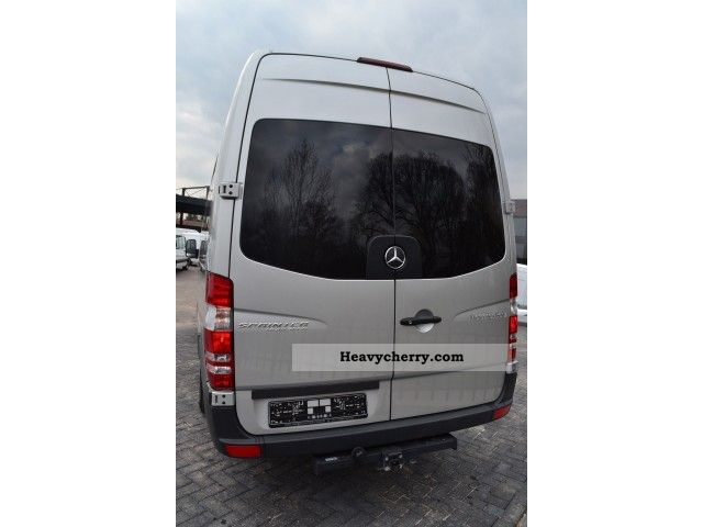 Mercedes-Benz Sprinter 219 2009 photo - 11