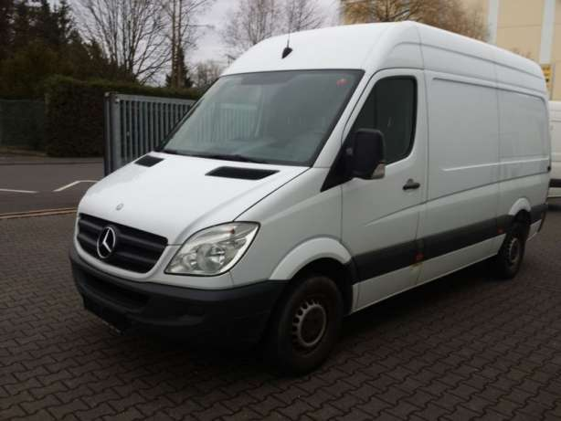 Mercedes-Benz Sprinter 219 2011 photo - 12