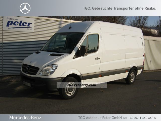 Mercedes-Benz Sprinter 219 2011 photo - 3